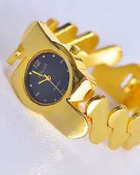 ساعت زنانه طرح walar مدل 1077