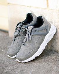 کفش ورزشی زنانه طرح PUMA مدل 0594