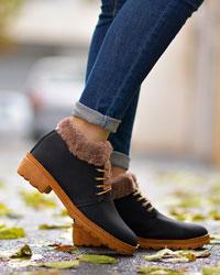 کفش نیم بوت دخترانه لبه خزدار مدل 2065