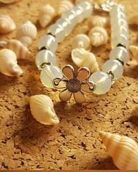 دستبند مدل گل نقره ای AP gallery
