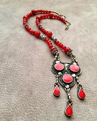 گردنبند بلند سنتی طرح نقره سیاه  سنگ عقیق