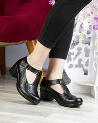 کفش زنانه طبی راحتی مدل541