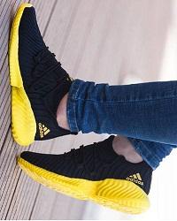 کفش مخصوص ضدآب پیاده روی آدیداس