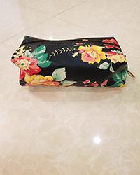 کیف آرایش صندوقی زنانه