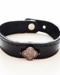دستبند چرمی پلاک دار آمیتیس